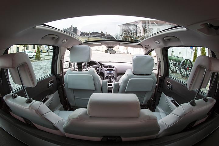Nossos veículos - interior